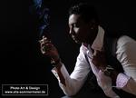 ein-mann-rauchend